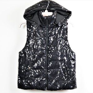 Gorgeous Betsey Johnson Sequin hooded vest Small